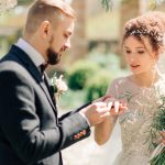 Warm rustic wedding in the chateau, a walk in nature and a sea of flowers and smiles